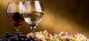 Как сделать белое вино