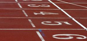 Какой греческий атлет выиграл марафон на первой Олимпиаде