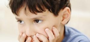Как выявить детский аутизм