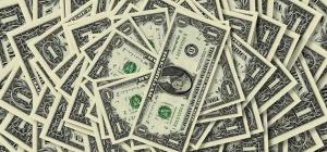 Что можно купить за 1 доллар  в разных странах мира