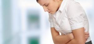 Причины болей в животе у подростков