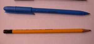 Нужна ли школьнику стирающаяся ручка