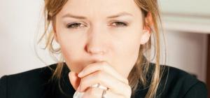 Как помочь себе при сухом кашле