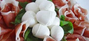 Производство сыра моцарелла в Италии