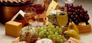 С чем пить вина: красное сухое и белое полусладкое