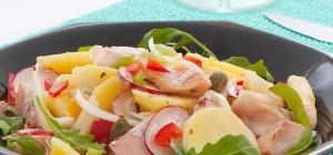 Как приготовить картофельный салат с форелью