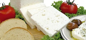 It differs from feta cheese