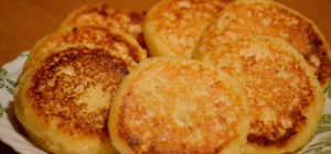 Как приготовить сырники с черносливом