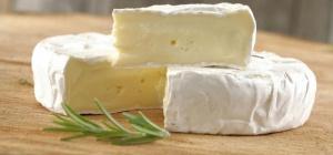 С чем есть сыр бри