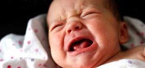 Причины плача у новорожденных детей: есть ли повод для беспокойства?