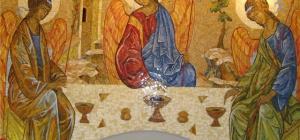 Почему православным людям нельзя ходить в праздник Святой Троицы на кладбище