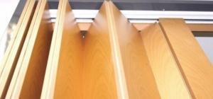 Межкомнатные двери-гармошка: плюсы и минусы