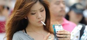 Почему нельзя курить в самолете