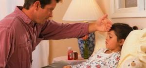 Как понизить температуру у ребенка