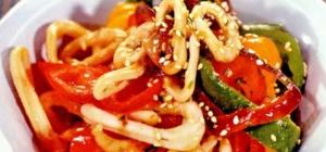 Как приготовить кальмары с овощами