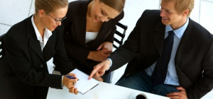 Как освоить устный синхронный перевод для переговоров