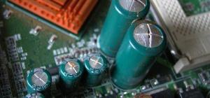 Как проверить конденсатор, не выпаивая