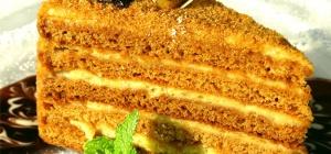 Как испечь вкусный торт медовик