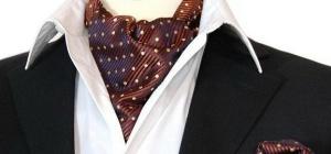 Как завязать платок под воротник