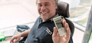 Что можно сделать из старого мобильного телефона
