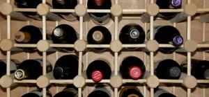 Как хранить алкогольные напитки