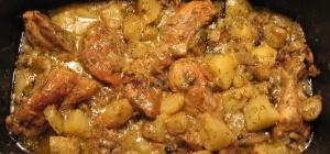 Тушеный кролик с картошкой: рецепт
