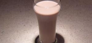 Молоко с йодом - самые распространенные заблуждения о пользе напитка