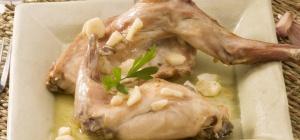 Кролик в духовке - рецепт на все времена