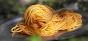 Как приготовить итальянский томатный соус для спагетти
