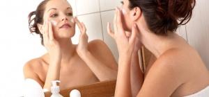 Как выбрать крем для лица после 45 лет