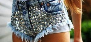 Как украсить джинсовые шорты, чтобы выглядеть стильно