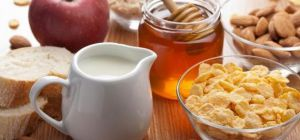 Четыре причины плотно завтракать по утрам