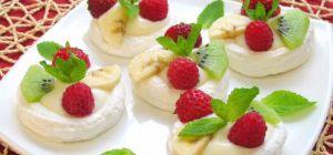 Рецепт безе с кремом и фруктами
