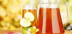 Какие домашние напитки помогают справиться с жарой
