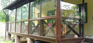 Чем закрыть веранду или беседку от дождя, пыли и насекомых
