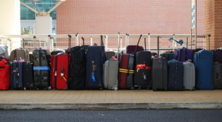 How to choose suitcase