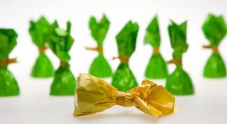 Как делать букеты из конфет