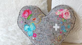 Как сделать красивую диванную подушку