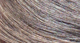 How to stop graying hair