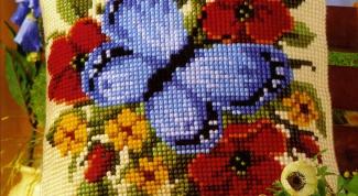 Как вышивать крестиком на подушках
