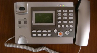 How to dial a long distance number