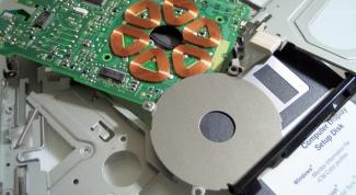 Как поменять дисковод на ноутбуке