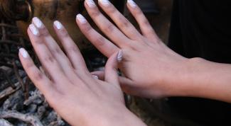 Как очистить клей с рук