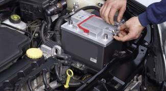 Как подзарядить аккумулятор автомобиля