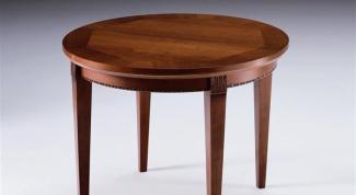 Как покрыть стол лаком