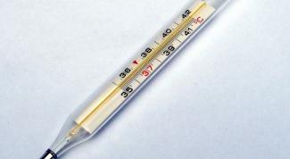 Как снизить температуру уксусом