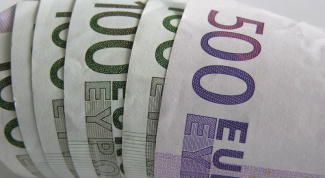 Как перевести деньги в другую страну