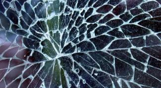Как разрезать стекло стеклорезом