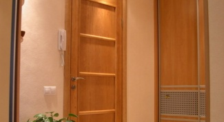 Как установить дверь в комнате