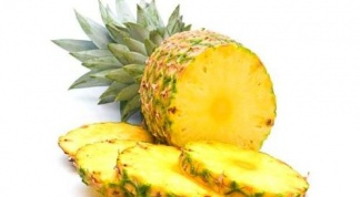 Как нарезать ананас на стол